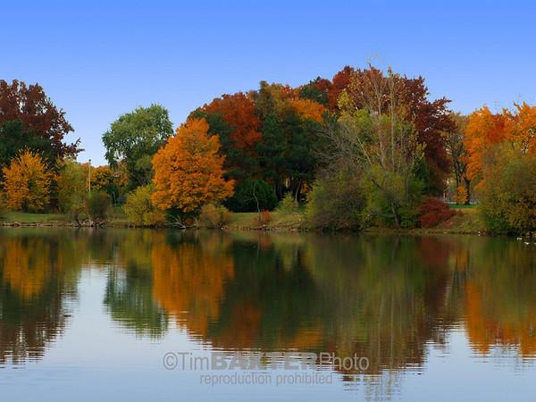 Hyde Park, Niagara Falls, NY.  Fall 2009